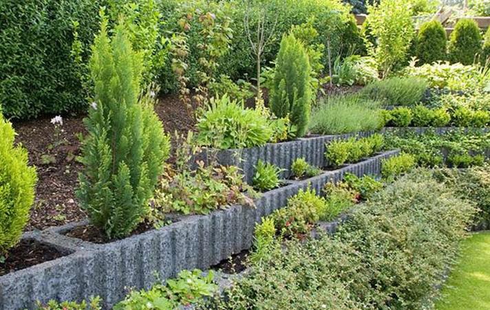 Hangbefestigung – Individuelle Lösungen für Ihren Garten - Baustoffe ...